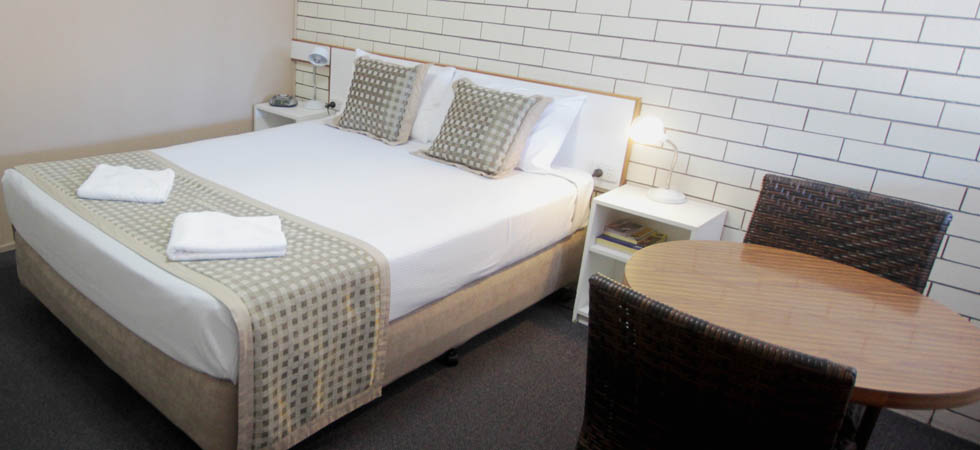 Binalong Motel provides quiet, clean, comfortable and affordable accommodation in Goondiwindi. - QLD