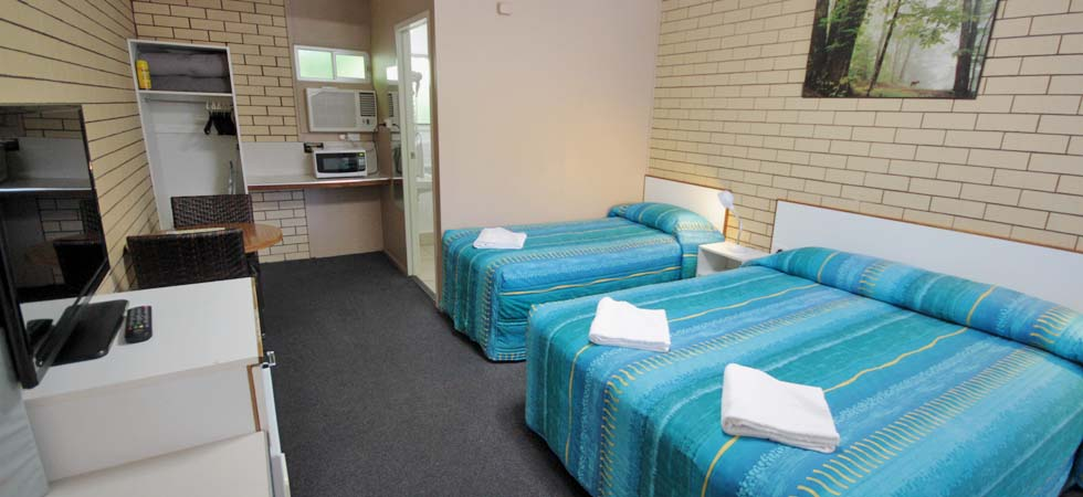 Binalong Motel is a pet friendly motel offering a variety of rooms within walking distance to Goondiwindi town centre.